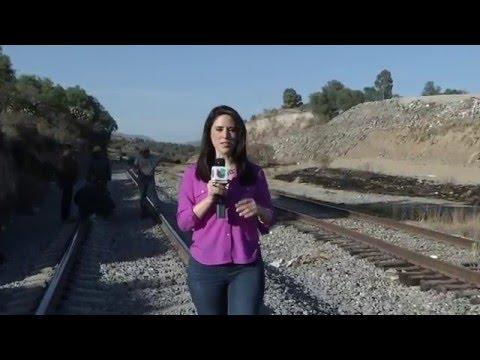 """CRUZAN MIGRANTES POR LA """"RUTA DEL DIABLO"""" EN HUEHUETOCA, ESTADO DE MÉXICO"""