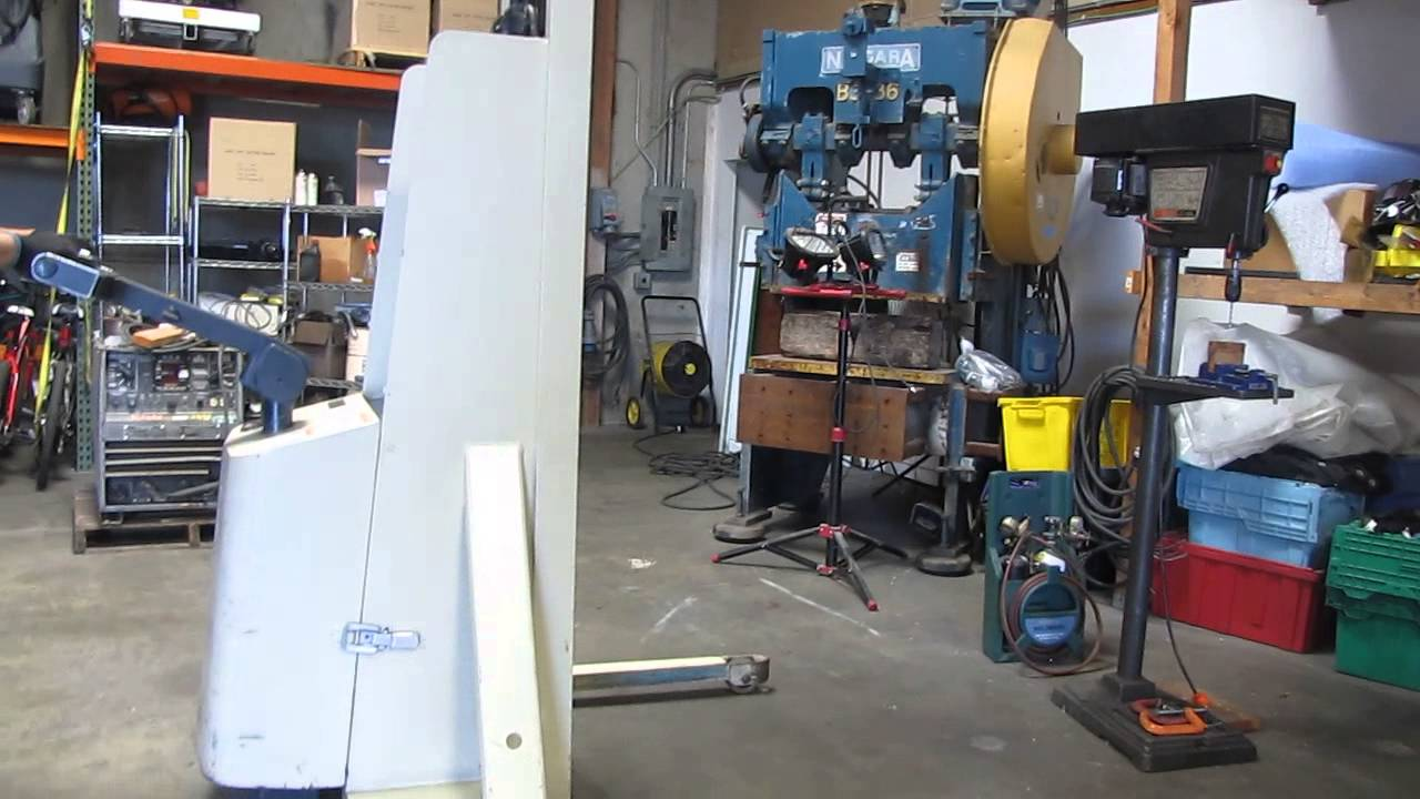 crown m series walkie stacker 20mt 2000 lbs walk behind forklift fork lift truck  crown walkie wiring diagram #8