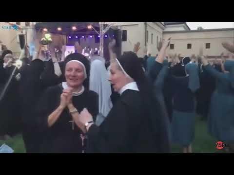 Танцы для монашек. Польша.
