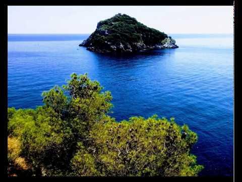 Mare e rocce di Liguria