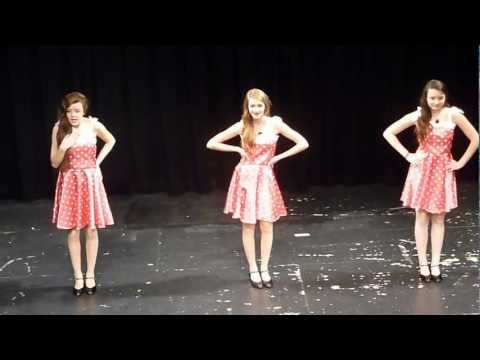 Starlet Dance School Stage 5 Singing Comp 'My Boyfriends Back'