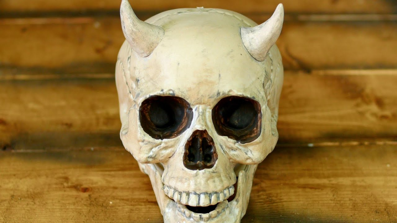Human skull with horns youtube ccuart Images