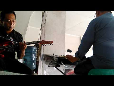 Latihan dangdut intro