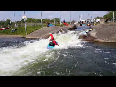 Trying out a Jackson Fun & Rockstar - Midlands Canoe Show at Nene Whitewater Centre 2017