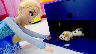 Игры принцесс Холодное Сердце – Эльза и Олаф на тренировке!