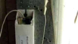 Balasto electronico con supresor de chispa capacitiva