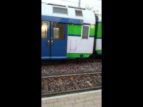 Treno Trenord Deraglia In Stazione