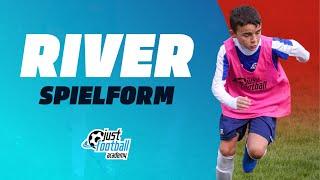 ... torchancen variabel herausspielen und verwerten!justfootball academy zeigt eine Übung bei welcher die spieler ler...
