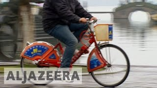 Bicycles make a comeback in China