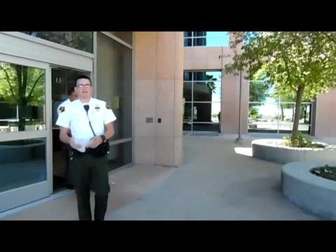 First amendment audit Los Angeles superior court house. Officer clearly doesn't know the law.