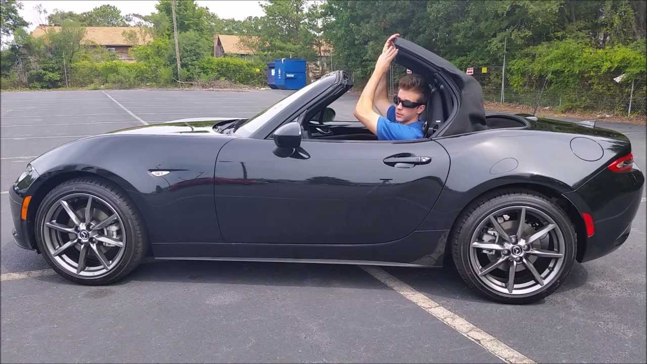 2016 mazda mx 5 miata convertible top operation youtube. Black Bedroom Furniture Sets. Home Design Ideas