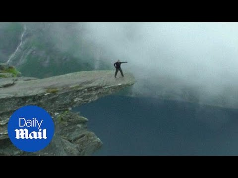 Australian Student Dies From Fall Off This Cliff In Norway - Daily Mail