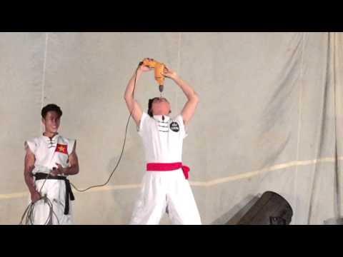 Xiếc Kungfu Bảo Cường