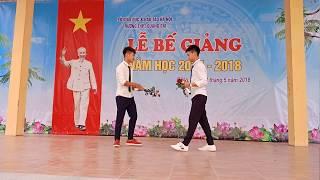 Xa Rồi Trường Cấp 3 - Vừa Hảt Vừa KHóc Trên Sân khấu ,THPT Quảng Oai | cry on the yard