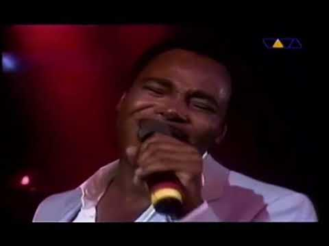 Radio Nova Garanhuns-George Benson- Kisses in the moonlight from YouTube · Duration:  3 minutes 55 seconds  · 1 views · uploaded on 7 hr ago · uploaded by Radio Nova Garanhuns