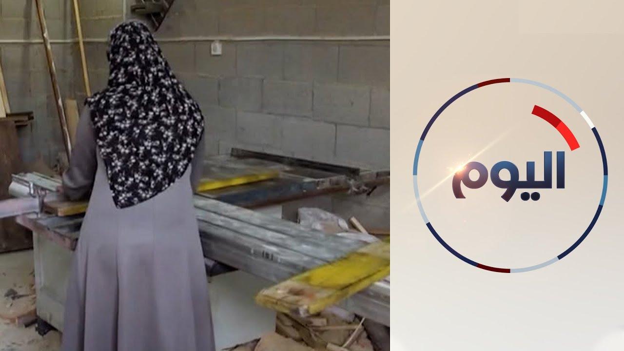 النجارة والحدادة.. نساء غزة يتحدين سوء الأوضاع الاقتصادية بتوسيع مجالات عملهن  - 14:59-2021 / 1 / 26