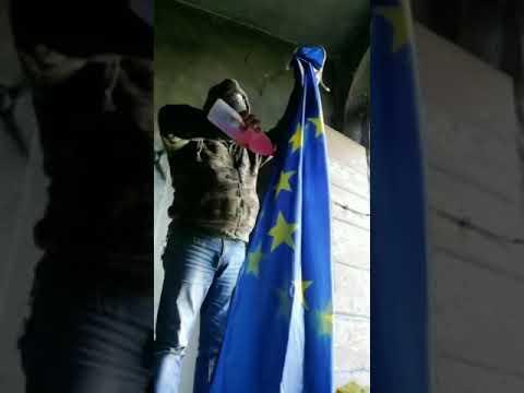 Rivolta nazionale: noi la bandiera europea la bruciamo