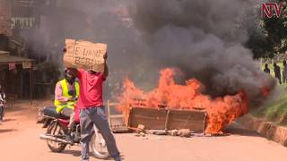 Police battle Bobi Wine supporters in Kamwokya