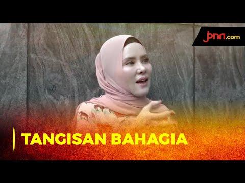 Sambil Menangis, Angel Lelga Bersyukur Vicky Masuk Penjara