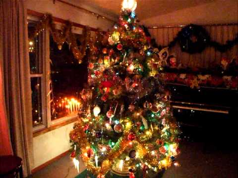 Vintage Bubble Light Christmas Tree- A capella Jingle Bells - Vintage Bubble Light Christmas Tree- A Capella Jingle Bells - YouTube