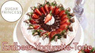 Erdbeer-Yogurette-Torte /Ostertorte ohne Mehl mit Mandel-Nuss-Boden   Rezept von Sugarprincess