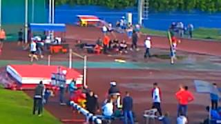 Кирилл Семенов выигрывает королевскую дистанцию 800 метров на юниорском первенстве России 2017