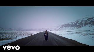 Смотреть клип Ananya Birla - Disappear