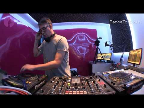 David Moreno| Ibiza Global Radio [IGR #28]| DanceTrippin