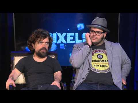 Pixels: Peter Dinklage Talks about Director Chris Columbus