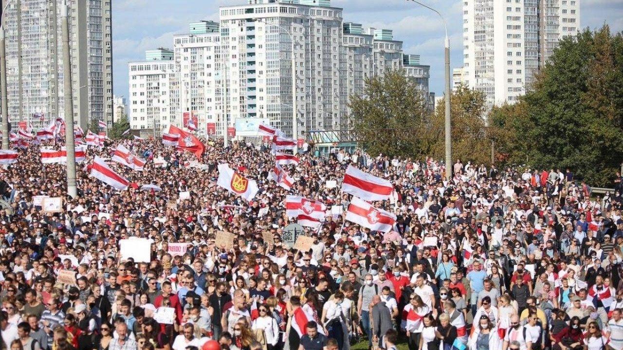 Массовая акция протеста сторонников оппозиции в Минске Протесты в Белоруссии Прямая трансляция
