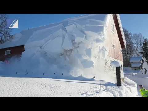 Мужчину насмерть засыпало снегом с кровли дачного дома