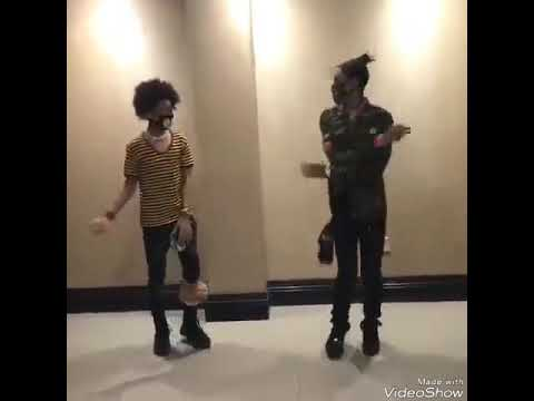 Ayo and Teo in slow motion(learn how to dance their moves )