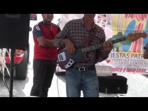 JOROPO CON RAYNIER DRAGO Y EXPLOSION LLANERA.  BAILA DANZAS YARACUY. 11/10/15