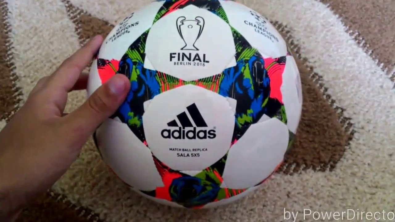 233ef889c4ec5 ADIDAS Bola champions league Berlin 2015 FUTSAL! - YouTube