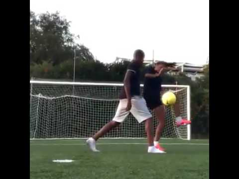 female-football---freestyle-football-skills