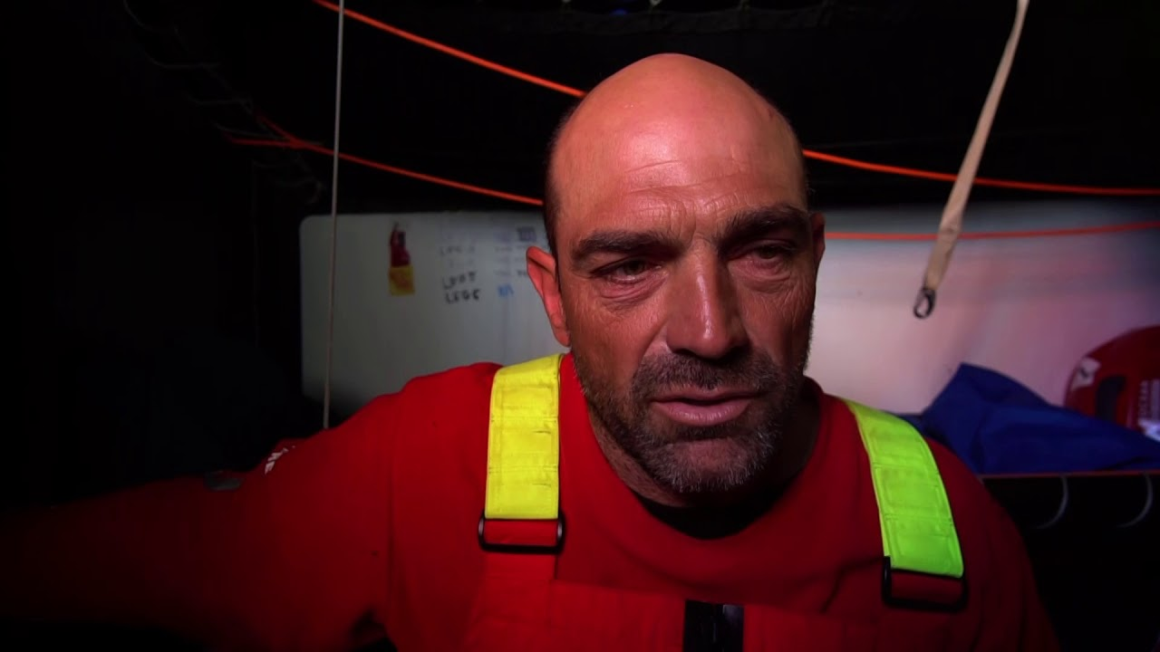 Xabi, below, talks about receiving the news about the loss of John Fisher. Expresses his sorrow; wishes the best for his family and crew. He then repeats the message in Spanish.