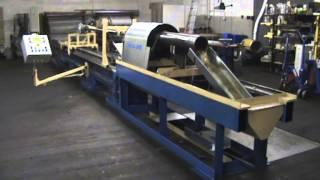 Celkový pohled na honovací stroj, kde je obráběn hydraulický válec průměr 390 / 255 H8  x 973