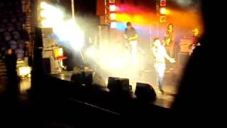 KK Live in Concert Auck NZ - Firta Rahoon frm The Killer