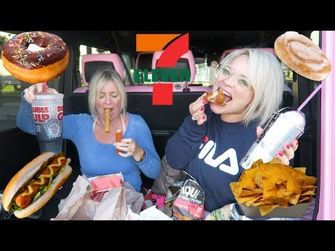 7 ELEVEN EATING SHOW WITH MY MOM! (MUKBANG IN PINK G WAGON)