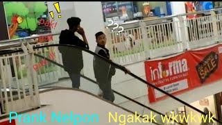 Ngakak!!! Prank Manggil Orang terus Pura Pura Nelpon wkwkwk