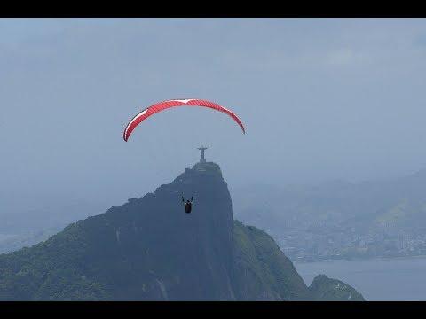 Um voo rasante pelas paisagens do Rio
