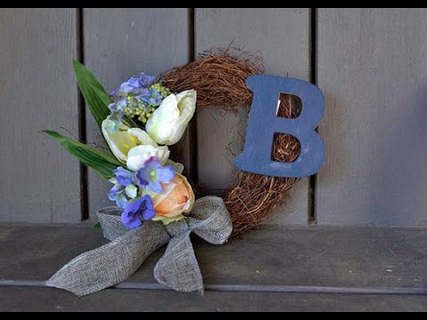 DIY Monogram Wreath Tutorial