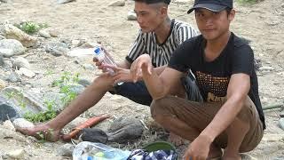 3 anh em đi chơi rùng xanh ăn quả hmob