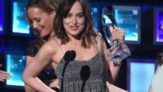 Fifty Shades of Grey Actress Dakota Johnson wardrobe Malfunction