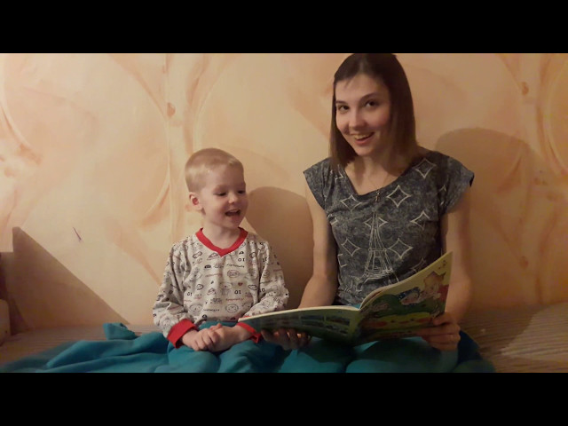 Изображение предпросмотра прочтения – ВалерияБольшакова читает произведение «Сказка Репка» (Русский фольклор )