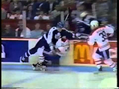 1989  Maple Leafs @ Canadiens  Claude Lemieux Nailed, then Goes Nuts