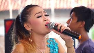 Download lagu Gendeng Mlorod - Desy Paraswaty Live Desa Rungkang Losari Brebes
