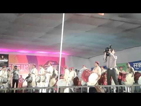 swaroop vardhini guest appearances vadan in sakal dhol tasha competition 2014