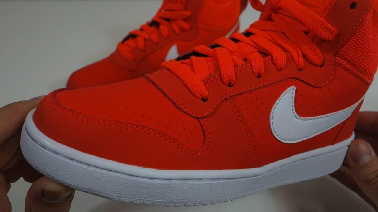 Dámské kotníkové boty Nike Court Borough Mid - YouTube 891d7f3484
