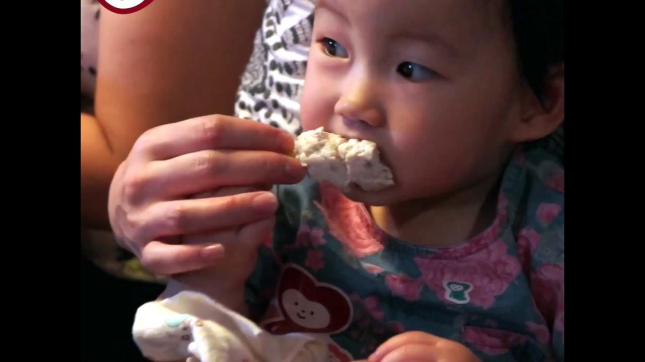 【12m+ BB食譜】粟米芯雞肉條@CookingMama - YouTube